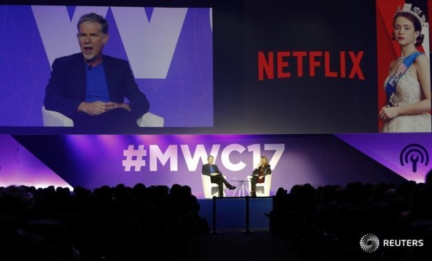 © Reuters. Netflix's CEO Hastings delivers his keynote speech during Mobile World Congress in Barcelona