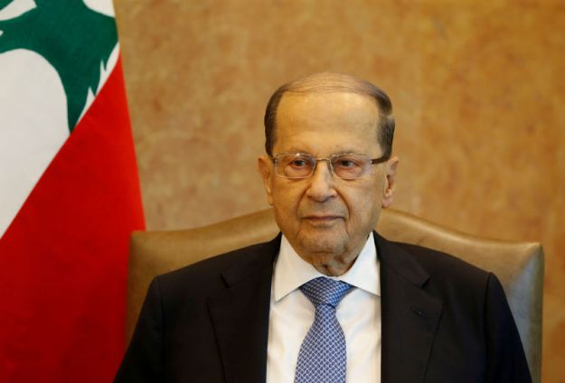 © Reuters. FILE PHOTO: Lebanese President Michel Aoun is seen at the presidential palace in Baabda