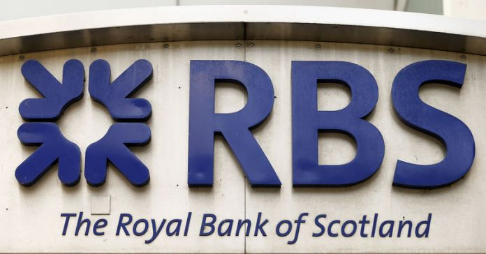 © Reuters. FILE PHOTO: The logo of Royal Bank of Scotland is seen at office building in Zurich