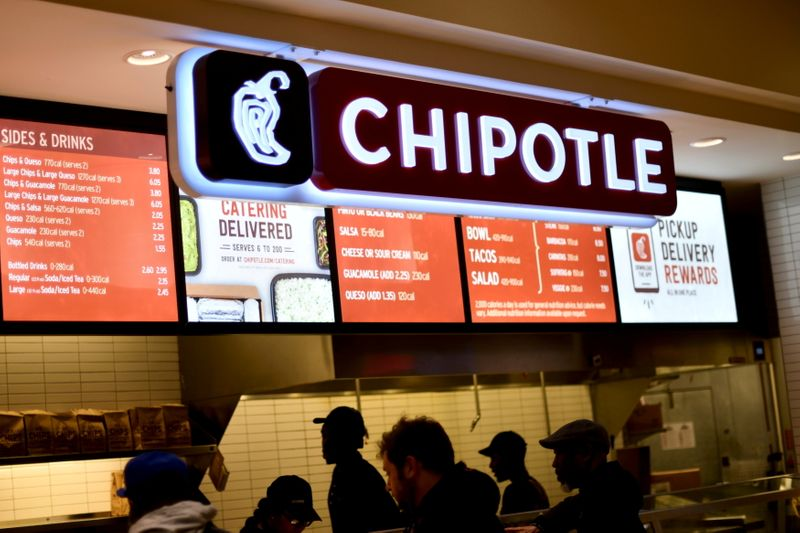 Chipotle says higher beef, freight costs will eat up menu price hikes
