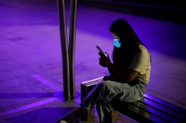 Chinese regulator says live sales stars should speak Mandarin, dress well