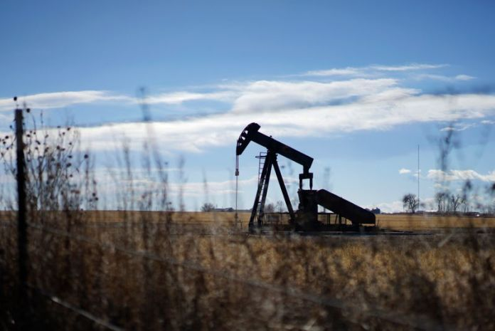 Sources: Institute of Petroleum data shows a sharp decline in US oil stocks