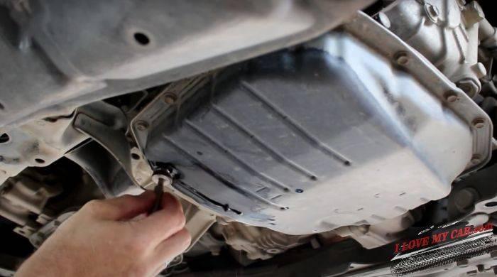 пробка Toyota RAV4