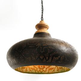Nieuwe-India-hanglamp-filigrain-style-zwart-100x100-met-houten-ophang-te-koop-bij-winkel-Indistrieel-in-Middelburg