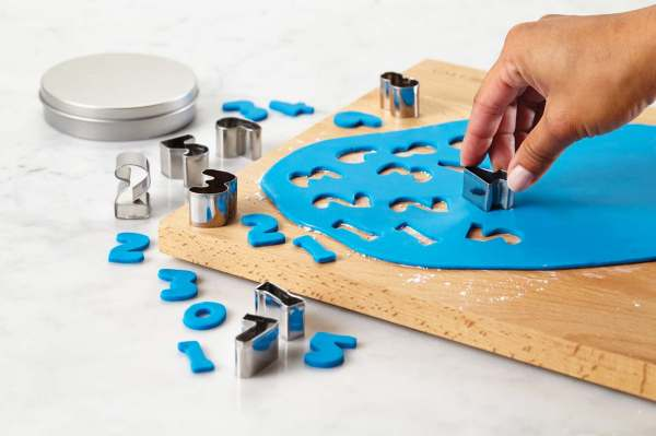 Cake_Boss_Number_Cutters_set_of_9_pcs
