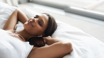 Ecouter de la musique avant de se coucher perturbe le sommeil, selon une étude