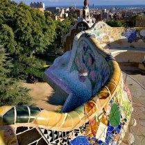 Парк Гуэль - мозаичная скамья