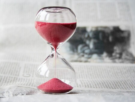 Hourglass 620397 1920