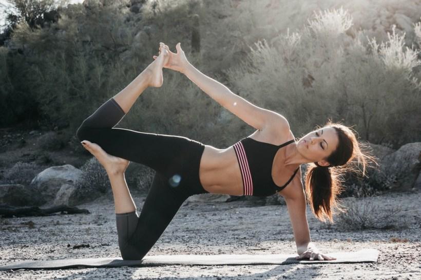 Siete posturas de Yoga para llenarte de energía