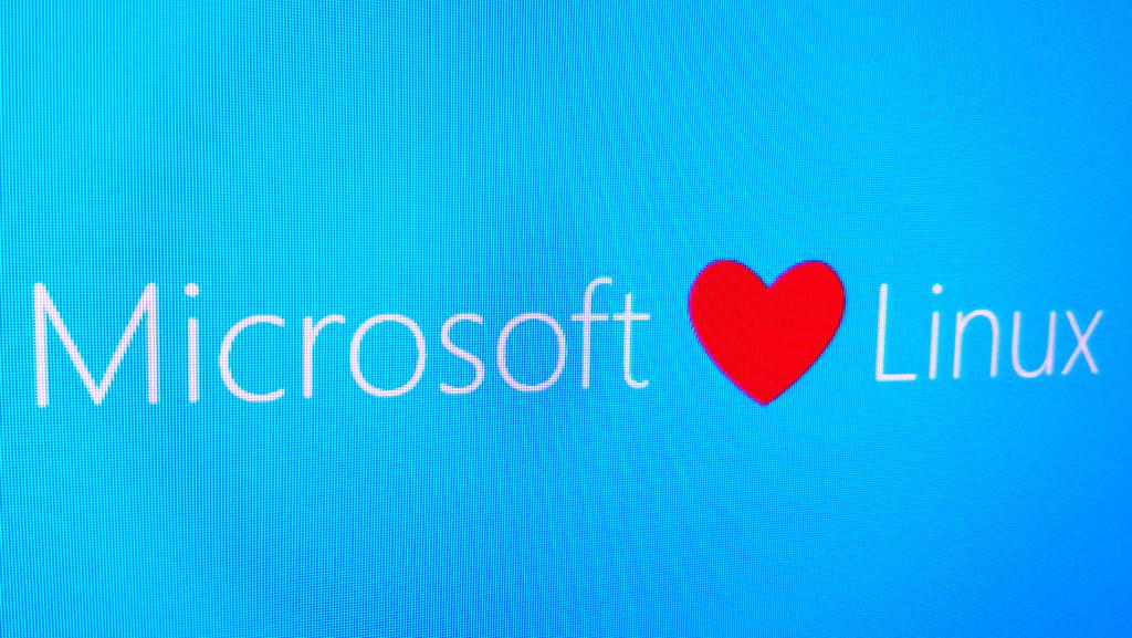 Cómo se beneficia Linux® ahora que Microsoft® ha hecho open source mas de 60.000 de sus patentes