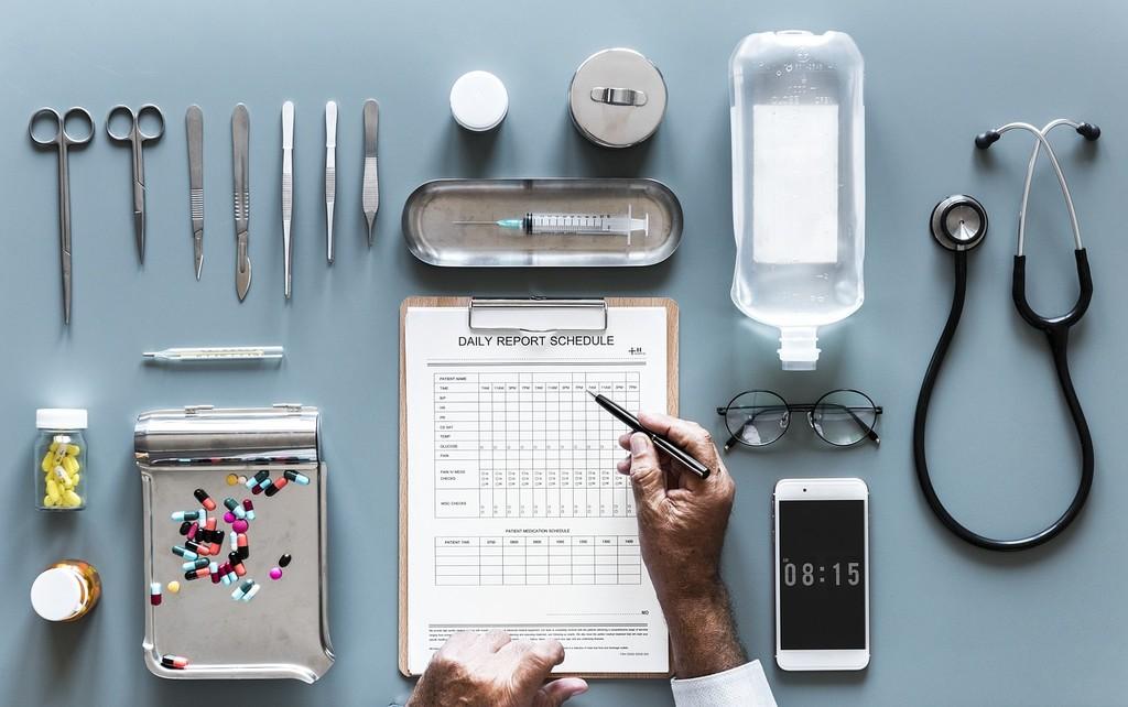 Permalink to El nuevo servicio de Amazon usa aprendizaje automático para leer, buscar y extraer datos de historiales médicos