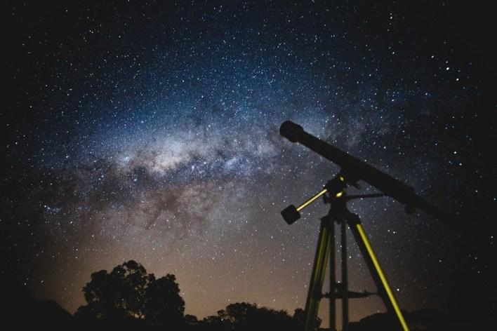 Guía de compra para disfrutar de las noches con lluvia de estrellas: 21 telescopios, prismáticos, gadgets, accesorios y más