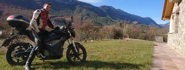 Un año y 30.000 km en moto eléctrica, mi experiencia