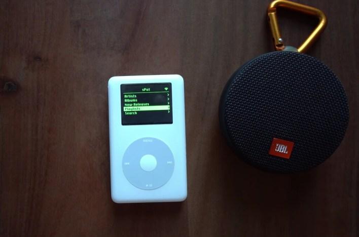 Un iPod de 2004 con Spotify, WiFi y la rueda funcionando: este desarrollador lo ha conseguido (con algo de trampa)