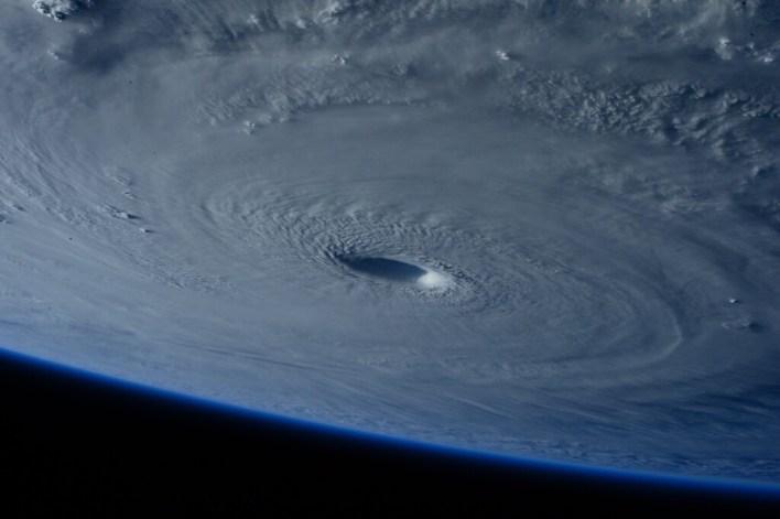 Los huracanes griegos: o qué pasa cuando hay tantas tormentas tropicales que se nos acaban los nombres con los que llamarlas