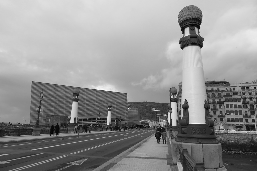 El Kursaal del Festival de Cine de San Sebastián celebra su 20 aniversario. Vídeo