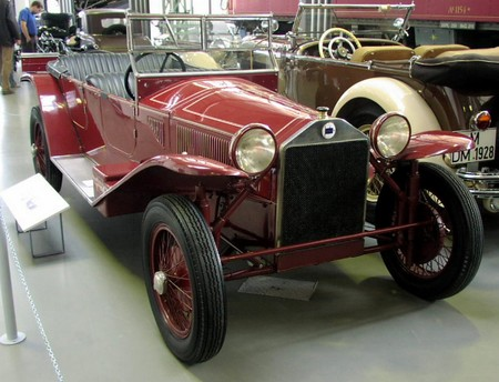 Mhv Lancia Lambda 1923 01
