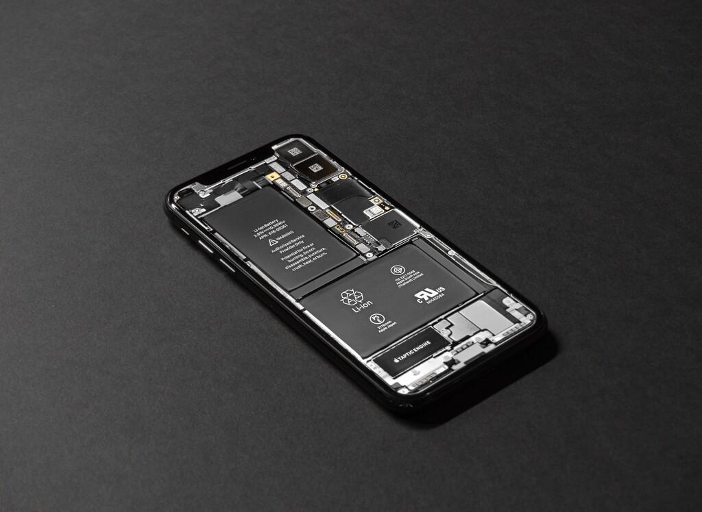 Los iPhone nos recordarán cargar su batería antes de que sea demasiado tarde para hacerlo, según una nueva patente
