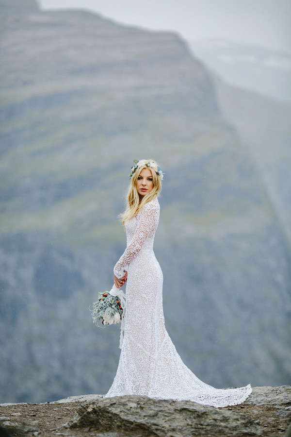 Trolltunga Wedding Session Priscila Valentina 6