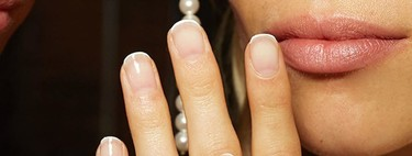 Seven manicures very simple to make but with a different touch that makes them special