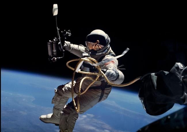 Edward White Gemini 4
