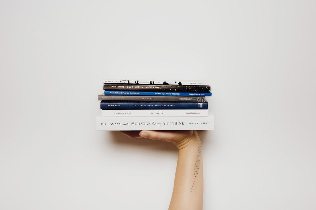 El tacto del papel importa: los libros son el único formato fisico que esta sobreviviendo