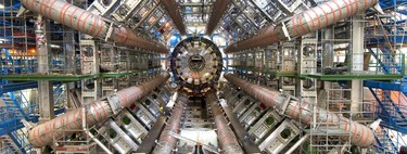 Estas son las tres razones por las que el astrofísico Martin Rees, profesor en Cambridge, cree que el CERN podría destruir la Tierra