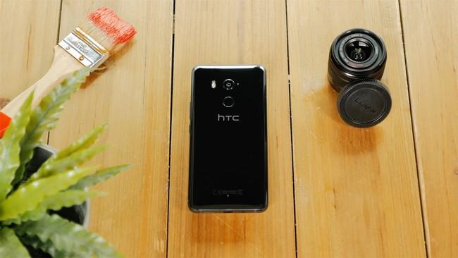 Permalink to HTC U11 Plus, análisis: podría haber sido el Pixel 2 XL y no hubiera desentonado en cámara y rendimiento