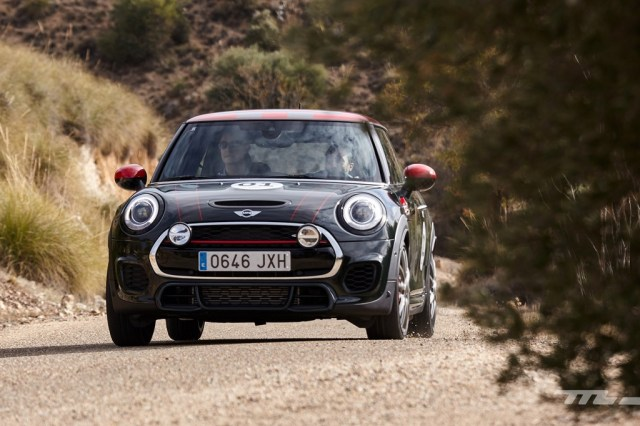 Gama Mini John Cooper Works 2017 002