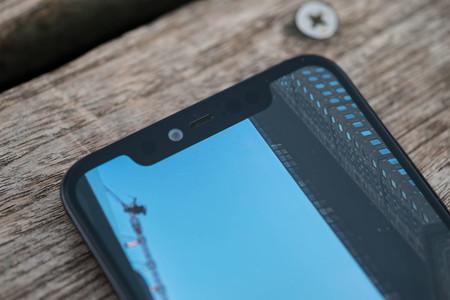 Xiaomi Mi 8 Pro Notch 01