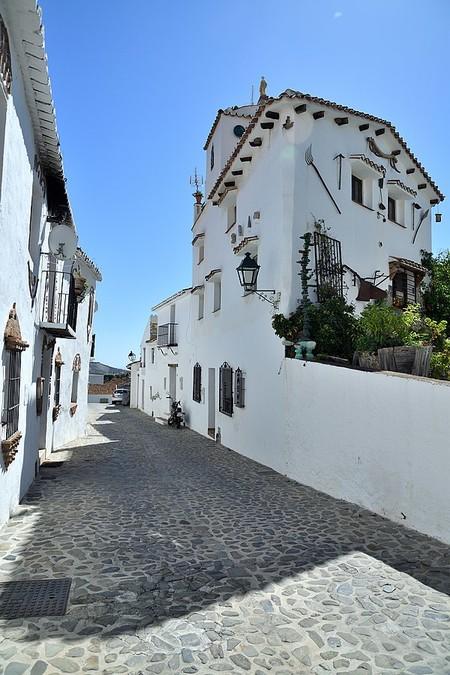 600px Calle Los Naipes En Macharaviaya Provincia De Malaga