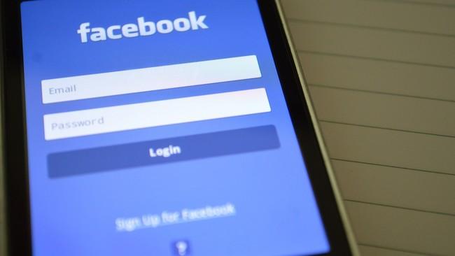 """Permalink to Facebook sugiere su propio VPN para que navegues """"con seguridad"""" mientras guarda tus datos de navegación"""