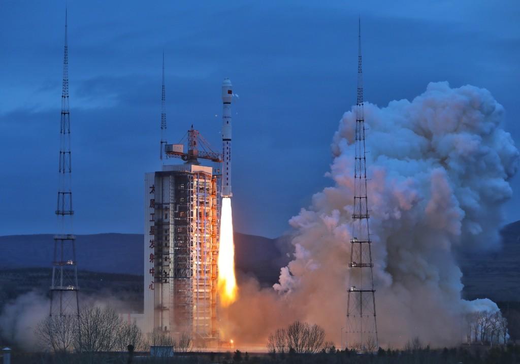 Etiopía lanza su primer satélite, con colaboración china, mientras ya se prepara para fabricar los suyos, con la ayuda de Europa