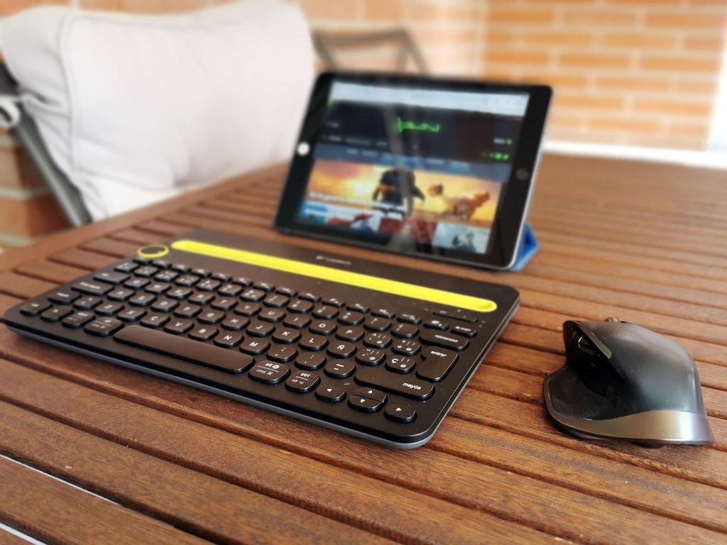 He probado a convertir el iPad en un portátil: esta ha sido mi experiencia, y esto es lo que opinan los 'veteranos' de Xataka
