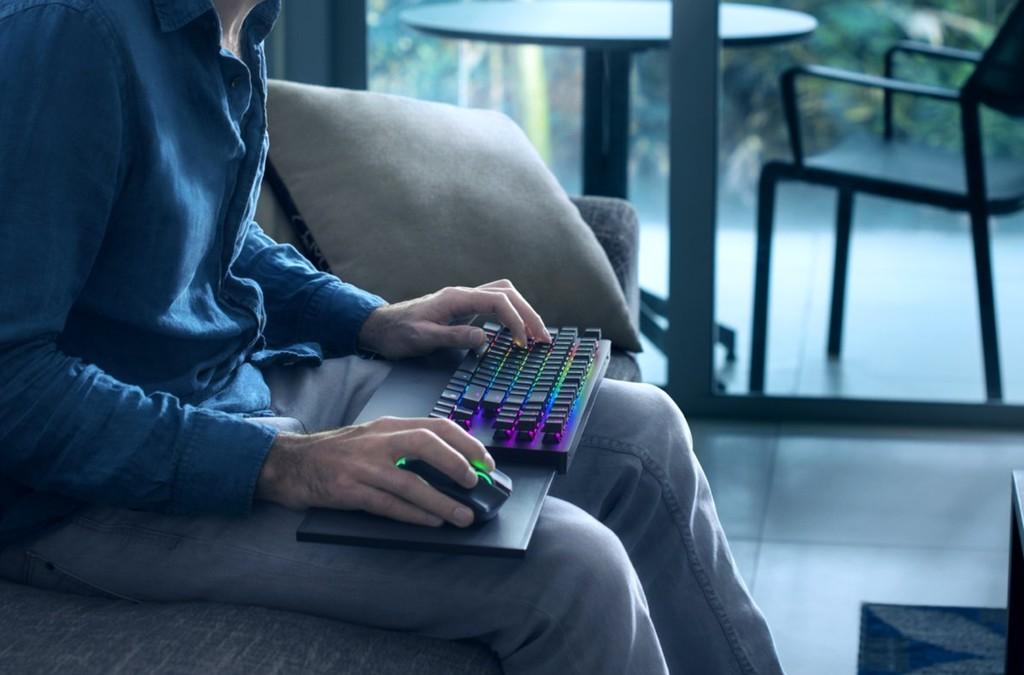 """Permalink to El ratón y el teclado """"de salón"""" llegan oficialmente a la Xbox One con Razer Turret"""