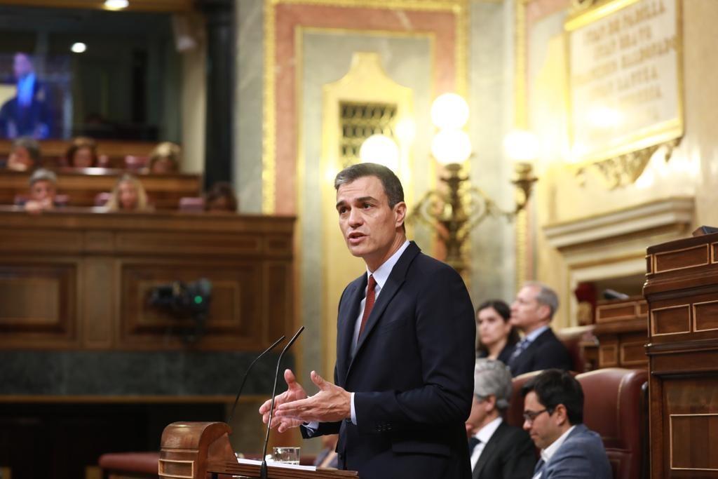 Pedro Sánchez se compromete a poner en marcha un bono social de Internet para colectivos vulnerables