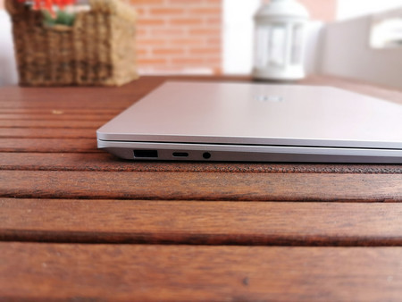 Surface Laptop 3 10