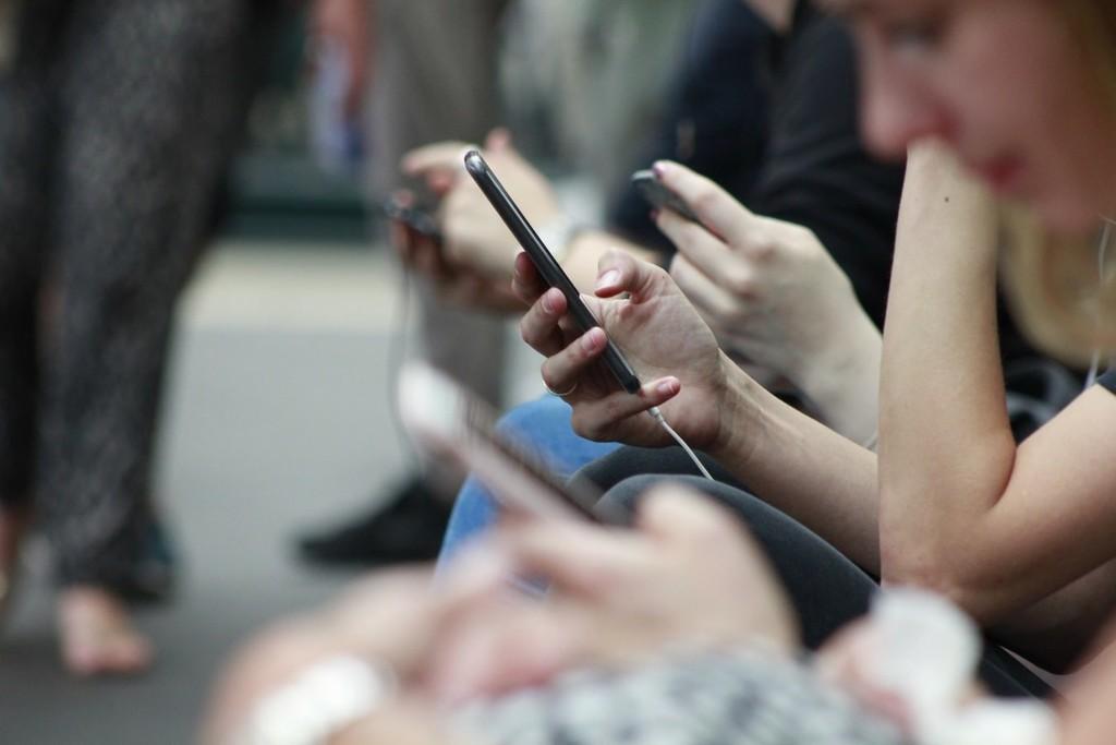Arabia Saudí ha espiado a millones de sus ciudadanos usando un protocolo básico de telefonía móvil, según The Guardian