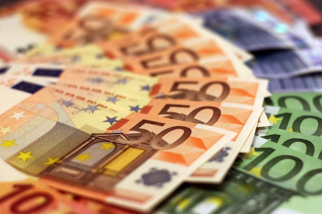Sólo uno de cada 5 de visitantes gasta mas de 400 euros en un móvil, segun Counterpoint