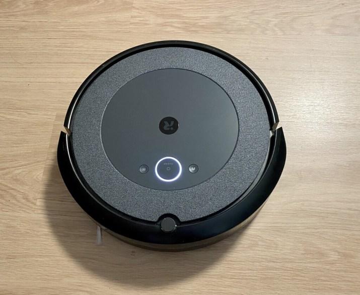 Roomba i3+, análisis: el candidato a mejor robot aspirador en calidad precio de iRobot no renuncia a su esencia premium