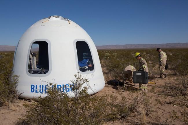 Permalink to Blue Origin prueba con éxito su cápsula espacial con las mayores ventanas del espacio