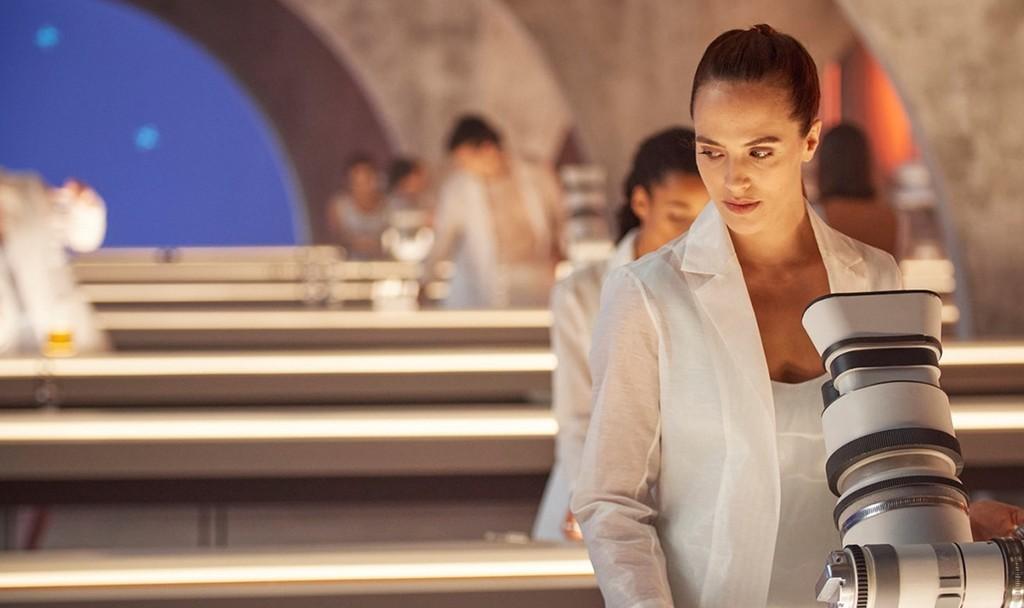 Trailer de 'Brave New World': la mítica distopía de 'Un mundo feliz' se reformula para los nuevos tiempos