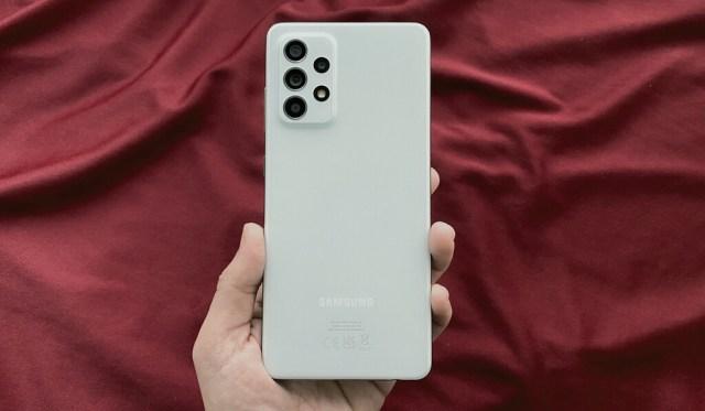 Samsung Galaxy℗ A52s 5G, análisis: una transformación supuestamente menor que se hace mayor en la mano