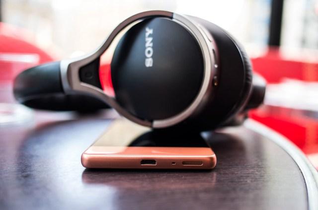 Sony Xperia® XA altavoz