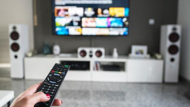Cine en casa: qué servicios de streaming(transmisión) de películas y series se pueden adquirir en España(país) y sus precios