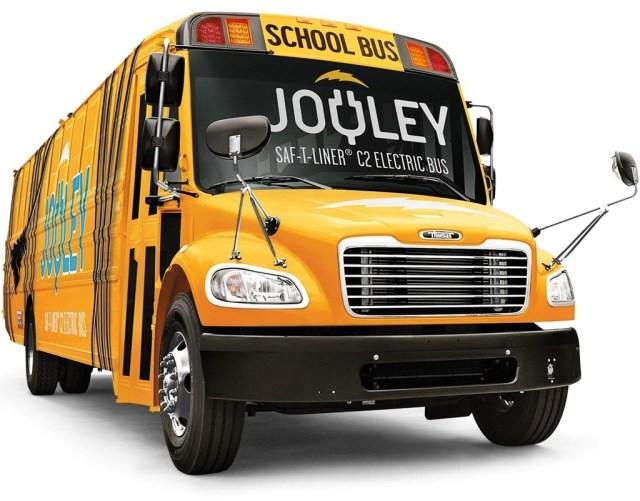 Autobus Escolar Electrico Daimler 1