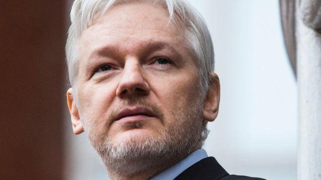 Julian Assange, fundador de WikiLeaks, ha sido arrestado en la embajada de Ecuador en Londres