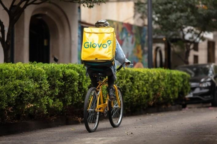 FP para 'riders': qué ofrecerá la nueva titulación del Gobierno para trabajar en servicios de entrega y recogida a domicilio