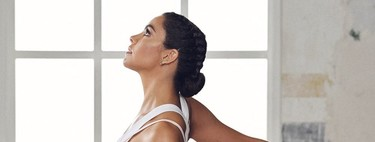 The yoga exercises that we have learned from Cristista Pedroche to do at home during confinement
