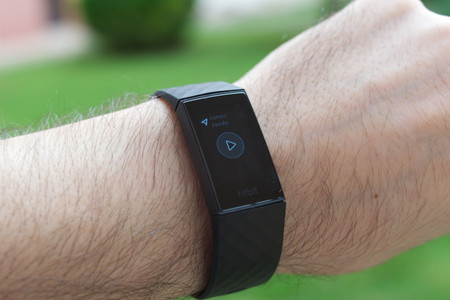 Fitbit Charge 4 27